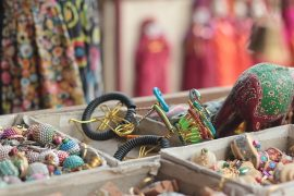indian-traditional-shopping-2659285_640